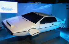 Bond in Motion remain at the London Film Museum